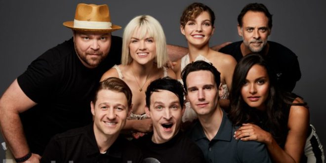 Cast of Gotham @ SDCC @ 2017